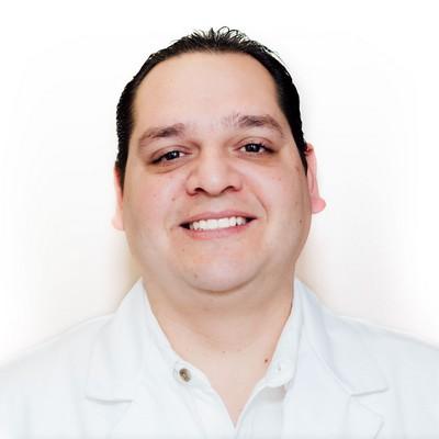 Dr. Carlos Guerrero